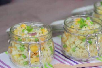 Ensalada de arroz con mango y piña