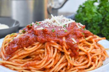 Espaguetis italianos simples