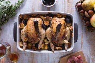 Pollo relleno en salsa de frutas