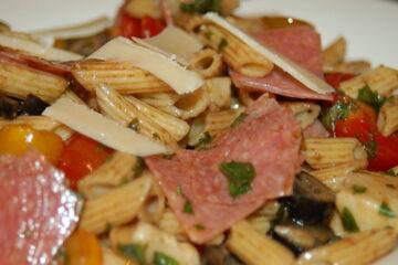 Ensalada de pasta balsámica italiana