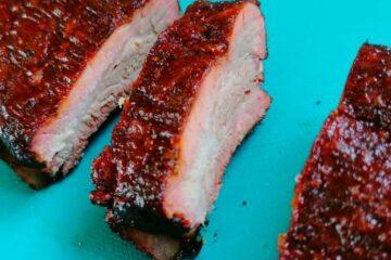 Costillas de cerdo ahumadas con el método 3-2-1